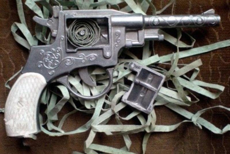 Пистоны! Любимая игрушка всех советских мальчишек
