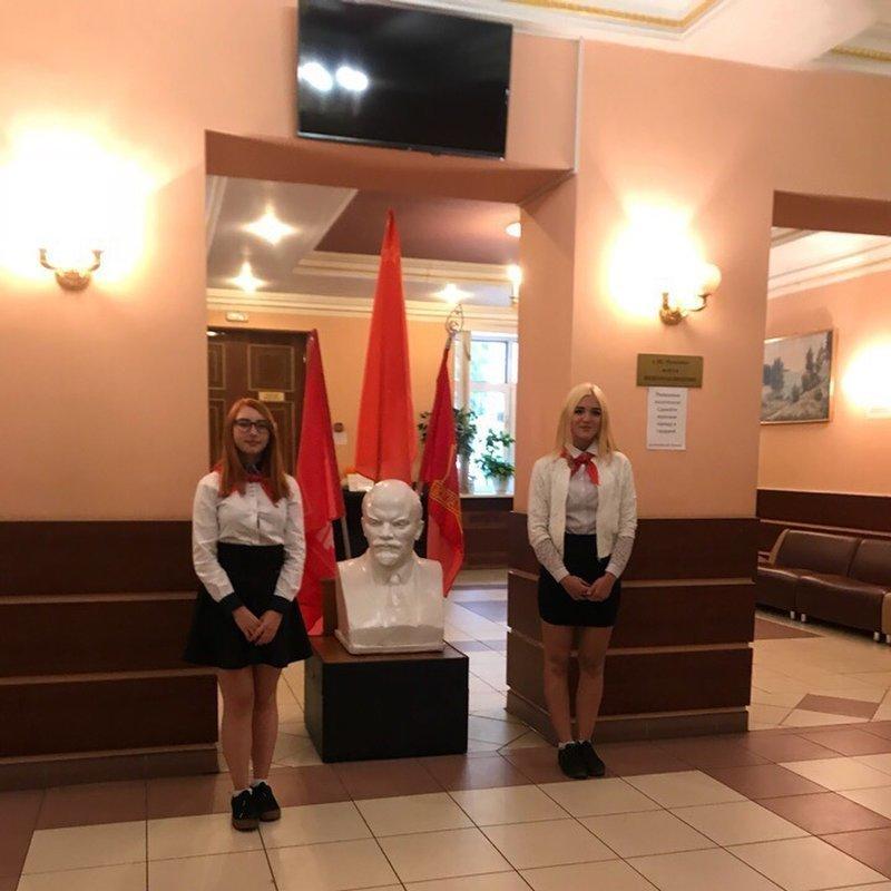 А это уже снимок наших дней: в г. Ивантеевка на открытии конференции Пушкинского райкома