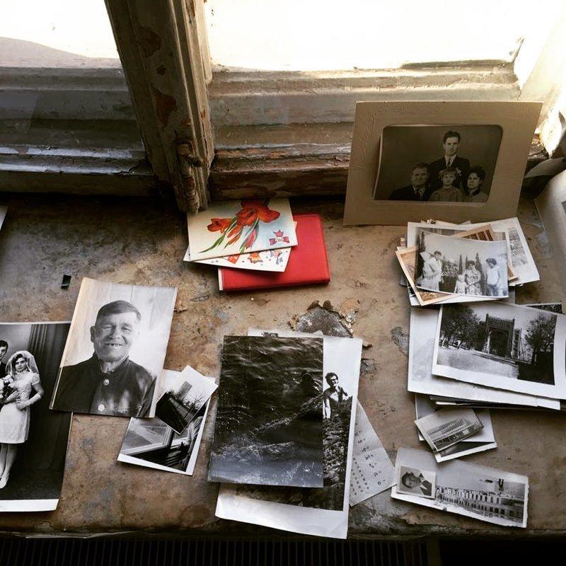 Покупатели квартиры в Петербурге устроили музей из вещей прежних владельцев