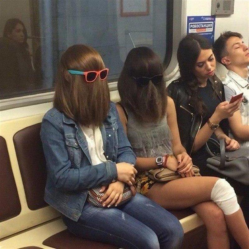 Фрики российского метрополитена бросили вызов серой массе пассажиров