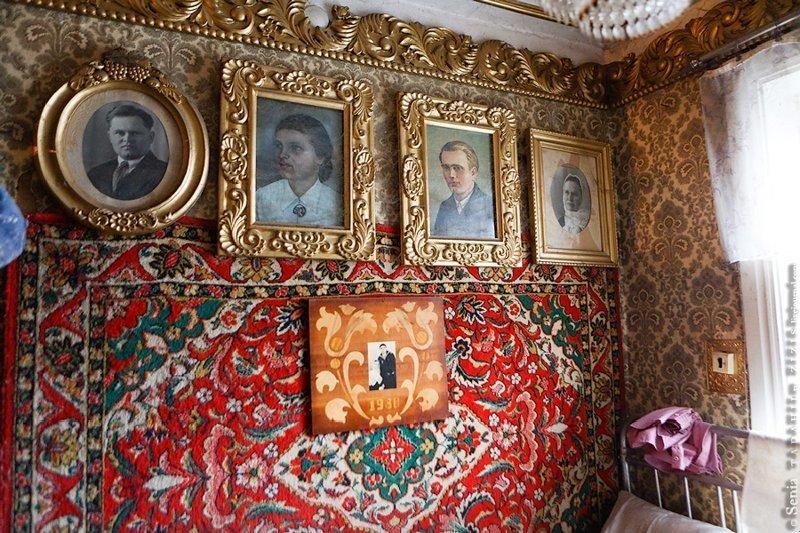 Житель Брянской области создал у себя в доме царские покои