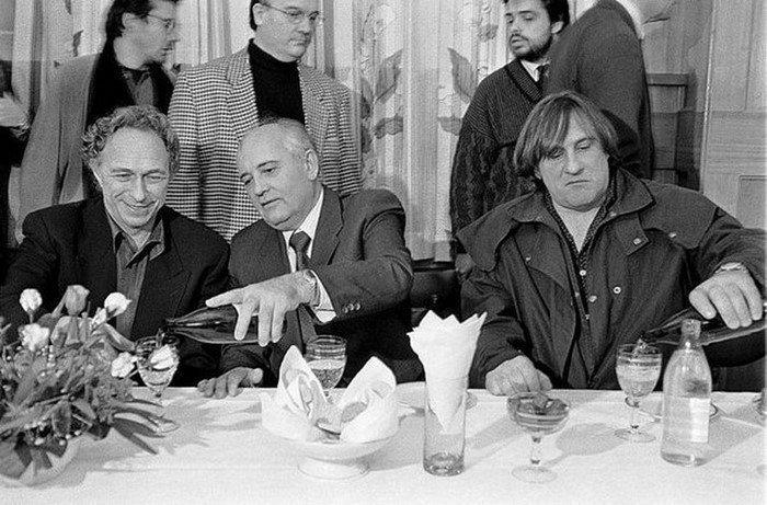 Любимчик партии Жерар Депардье, 1993 год