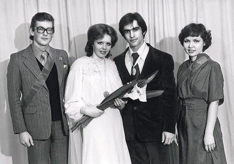 Вячеслав Бутусов и Анжелика Эстоева, свадьба, 1991 год