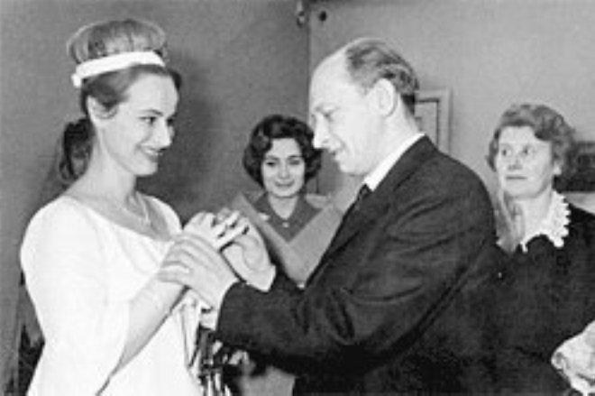 Евгений Евстигнеев женился на Лилии Журкиной, 1966 год