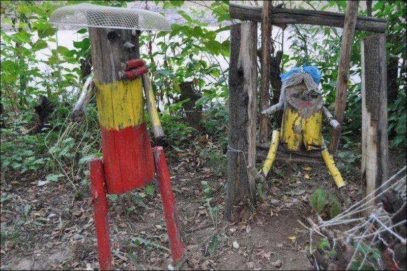 25 детских площадок, к которым страшно приближаться