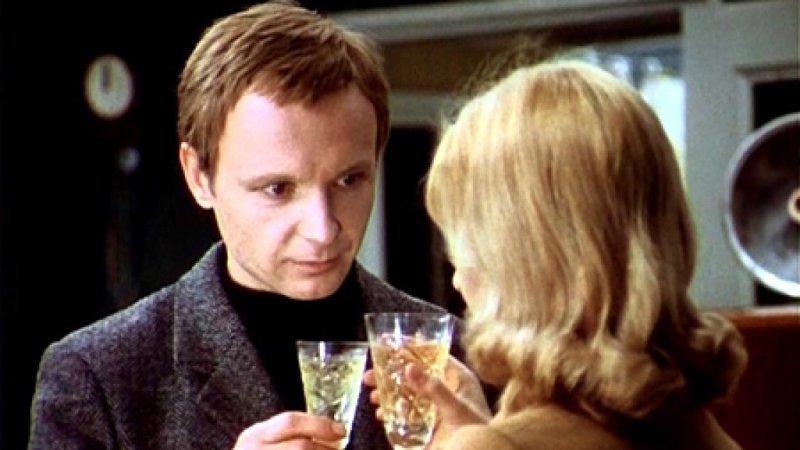 Новогодняя комедия «Ирония судьбы, или С лёгким паром», 1975