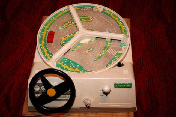 В игре осваивали практику вождения