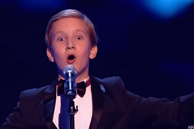 Отвергнутый в России мальчик покорил британское шоу «Голос.Дети»