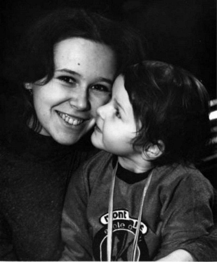Евгения Симонова и ее дочь Зоя, такие счастливые минуты
