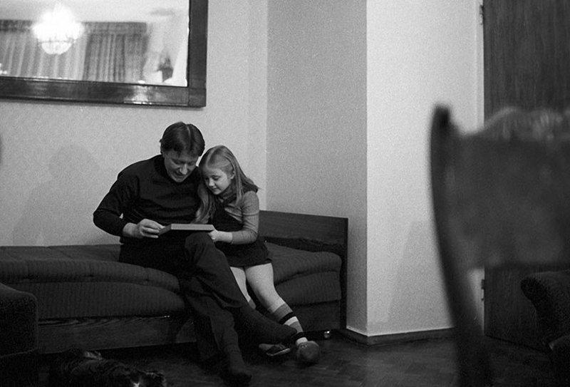 Андрей Миронов с красоткой Машей