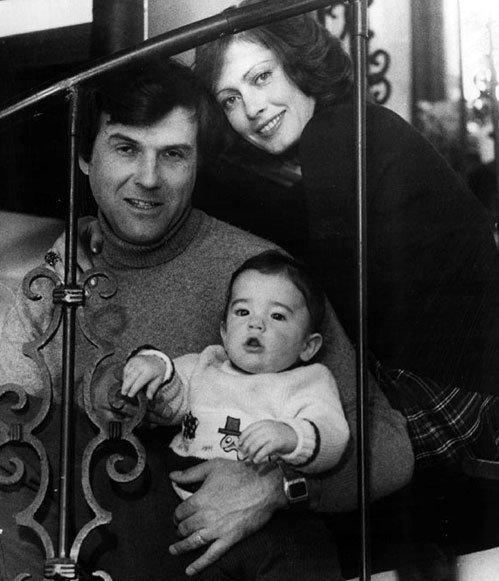 Виктория Федорова, ее муж и крохотный сын Кристофер