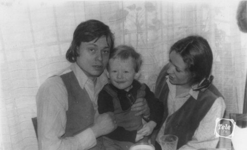 Актерская семейка: Николай Караченцев, жена Людмила, сын Андрей