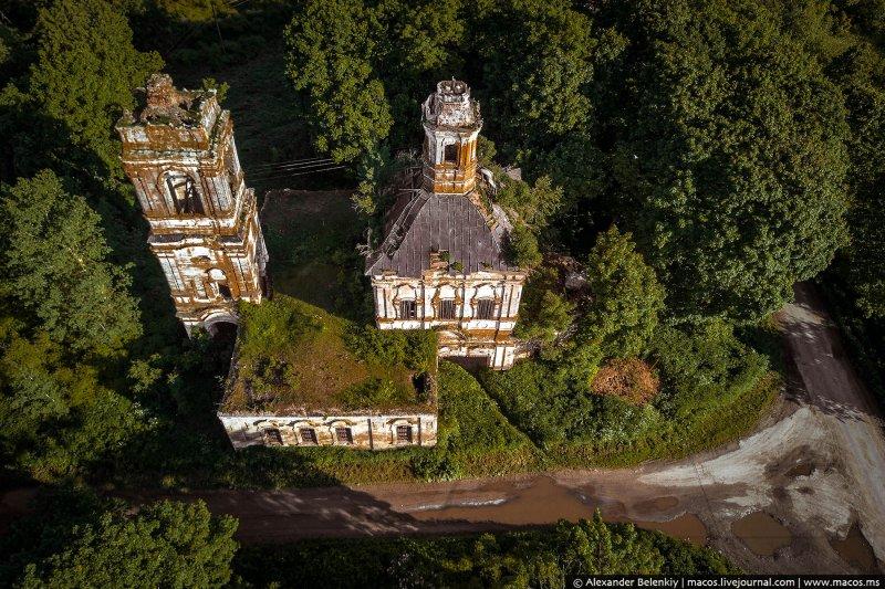 Старица, село Бойково,  руины Толгской церкви