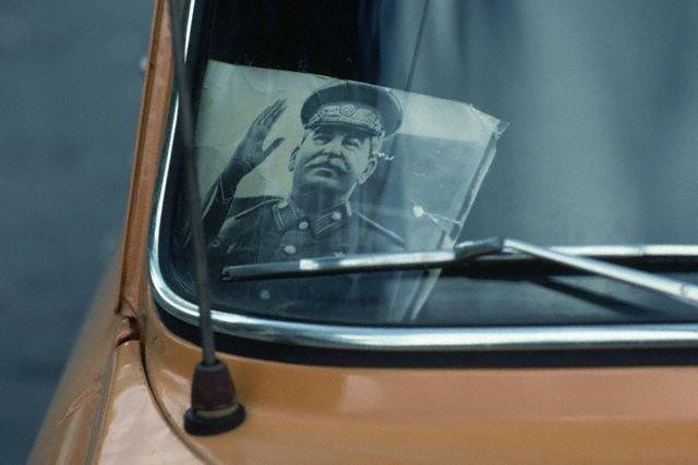 В 1981 году в Тбилиси фото Сталина были популярны