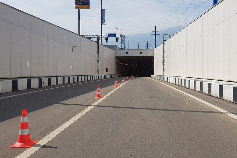 Теперь движение городского транспорта по этому направлению станет быстрей на 10-15%, сообщил С.Собянин на открытии объекта.