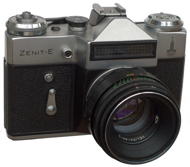 Фотоаппарат «Зенит», самая массовая зеркальная камера в мире