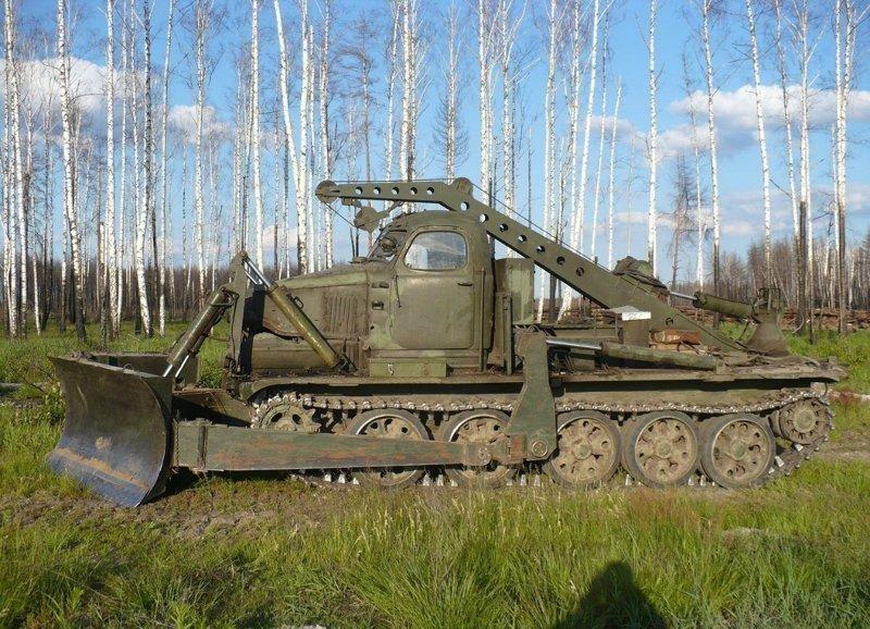 Советская инженерная машина разграждения БАТ-М