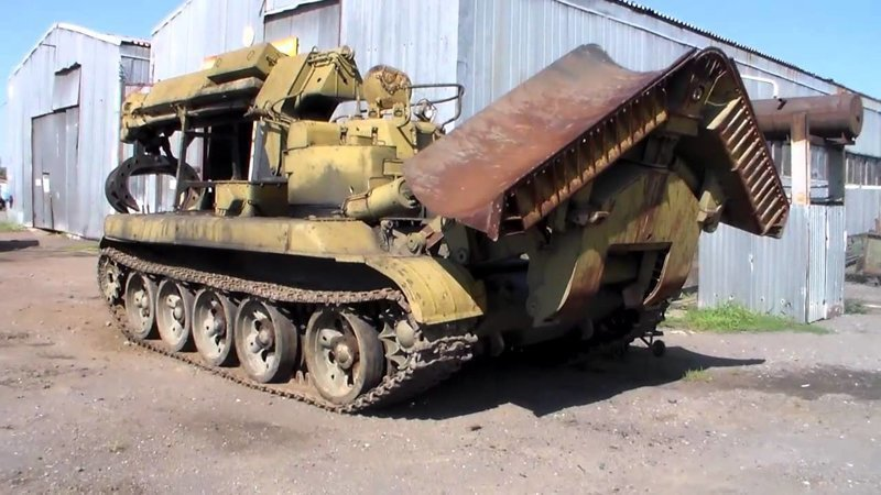 """Инженерная Машина Разграждения ИМР, или, если кратко, """"инженерный танк"""""""