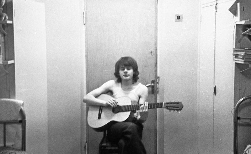 Гитаристу все двери открыты