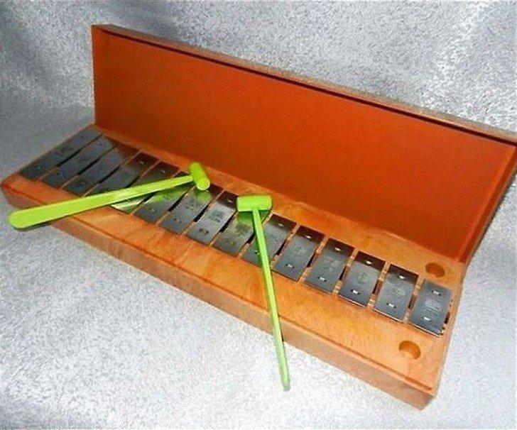 Металлический ударный инструмент