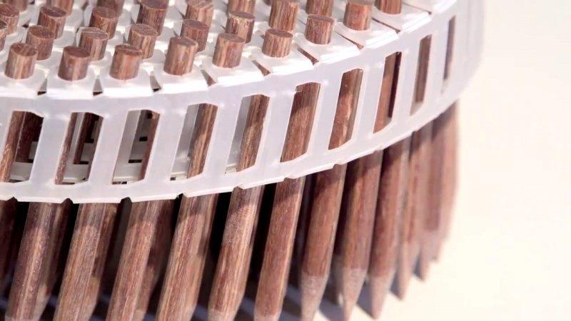 Кистень — старинное оружие, состоящее из металлического шара или гири, прикрепленных ремнем к короткой рукоятке