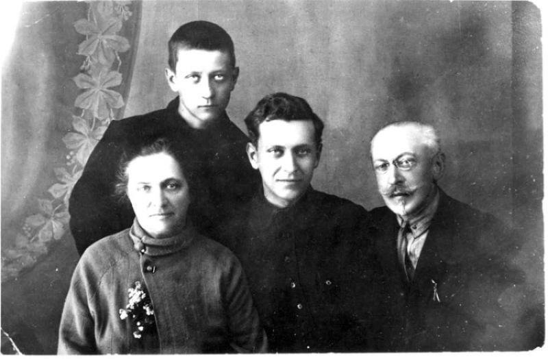 Лихачёв Иван Алексеевич - организатор советской автомобильной промышленности