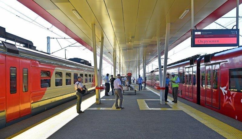Движение поездов перевели с насыпи на новые эстакады