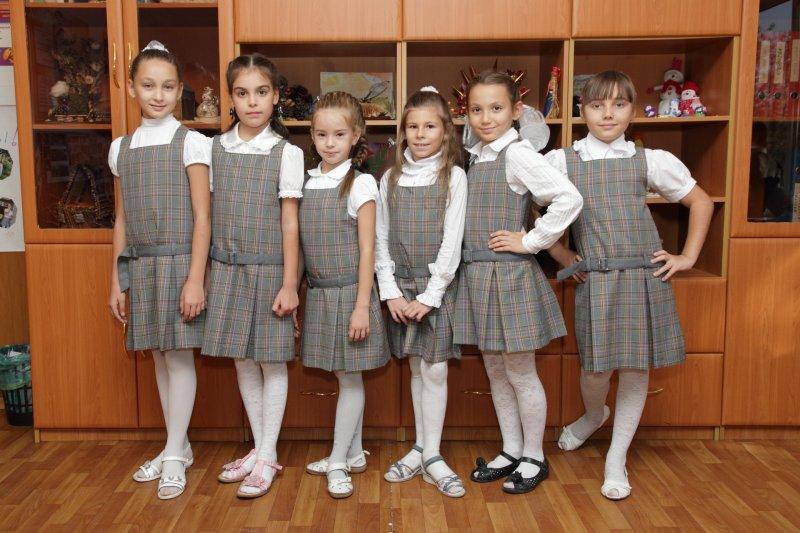 Роскачество: Не вся школьная форма одинаково полезна