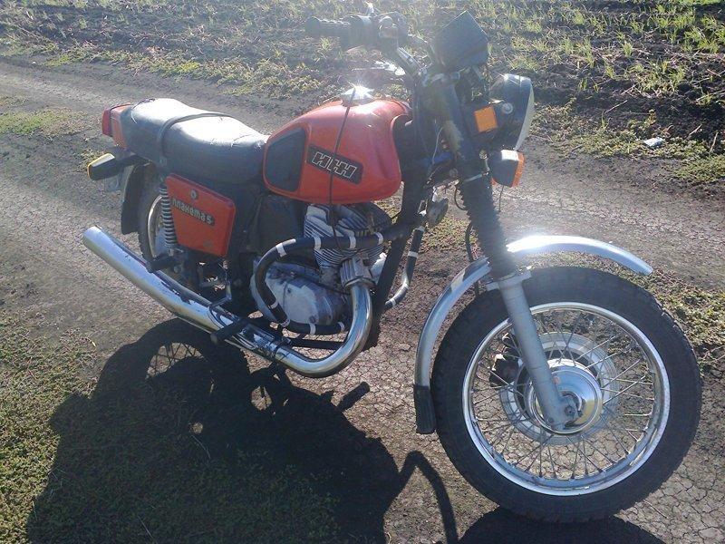 """ИЖ Планета-5"" - мотоцикл среднего класса"