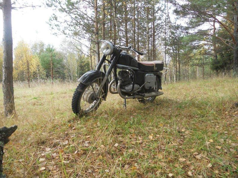 """А это мотоцикл """"Ковровец"""", предок """"Восхода"""""""
