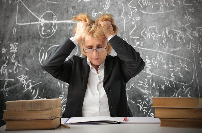 Мама в шоке: Чем занимаются дети в школе? девушки, образовование, прикол, учитель, школа, школьники, юмор