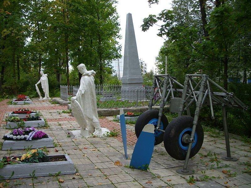 В городе Дно установлен памятник экипажам советских лёгких бомбардировщиков