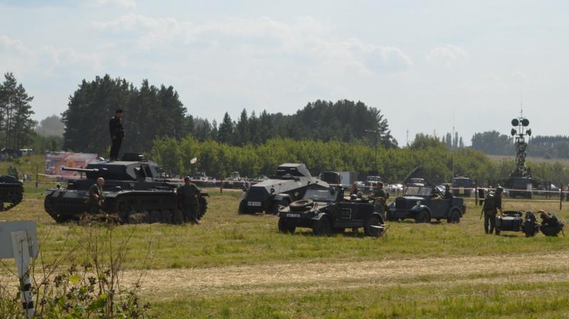 30 тысяч человек почтили память бойцов ВОВ и Афгана под Воронежем