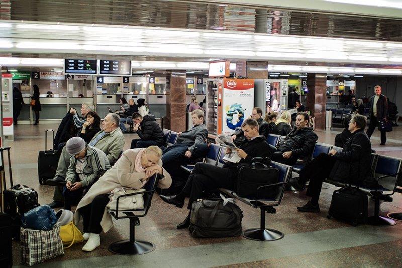 Росстандарт отменил километровые очереди в вокзальные кассы