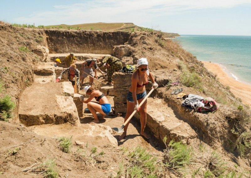 Археологи нашли в Херсонесе печать чиновника, жившего до нашей эры