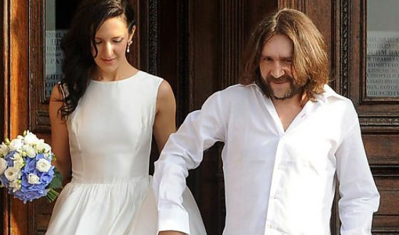 Шнуров и Матильда развелись без суда