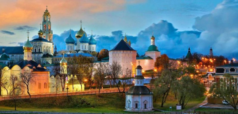РПЦ очистит Сергиев Посад от администрации и панельных домов