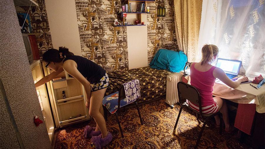 домашнее любительское русские студентки в общаге любительское дорогу людей