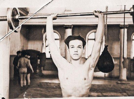 Не многие знают, что Иосиф Кобзон был чемпионом Днепропетровской области по боксу