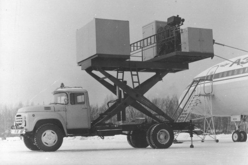 Аэропортовая техника на шасси ЗИЛ-130Г