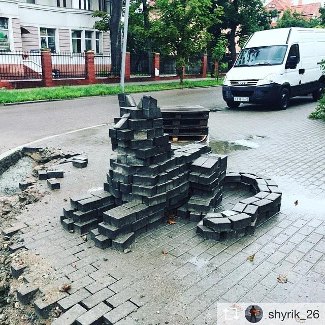 Городские скульптуры у нас необычные
