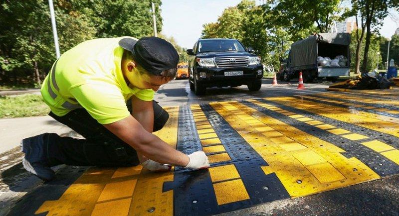 Московских водителей смогут остановить только приподнятые «резиновые» зебры