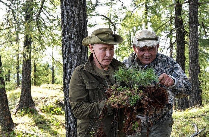 """Назван топ-3 российских """"тузов"""": Путин, Греф и Миллер"""