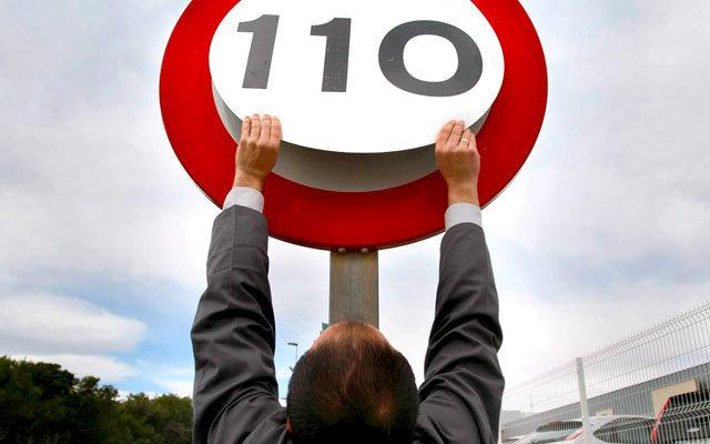 В России дорожным знакам «вставят мозги»