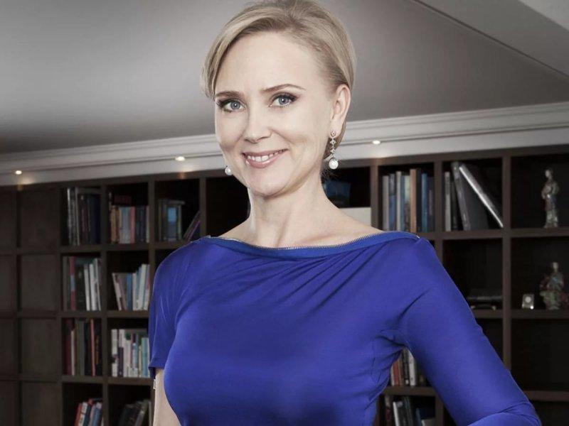 Третье место в рейтинге Forbes у Елены Рыболовлевой. В свое время она успела удачно выйти замуж и еще более удачно развестись!