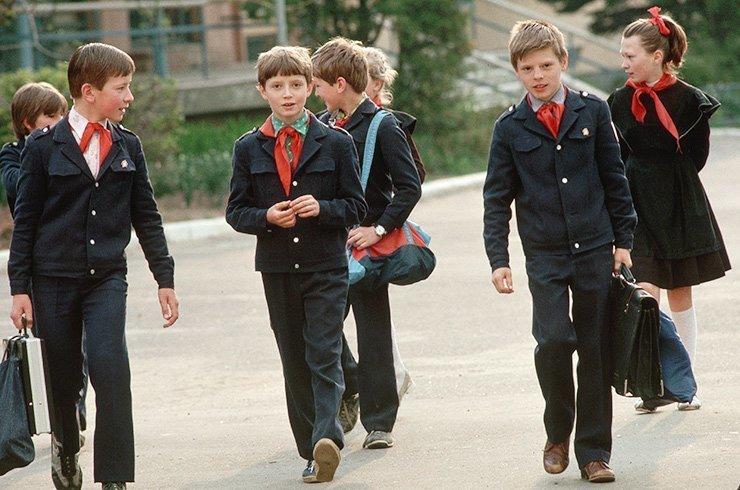 80-е, костюм для старшеклассниц