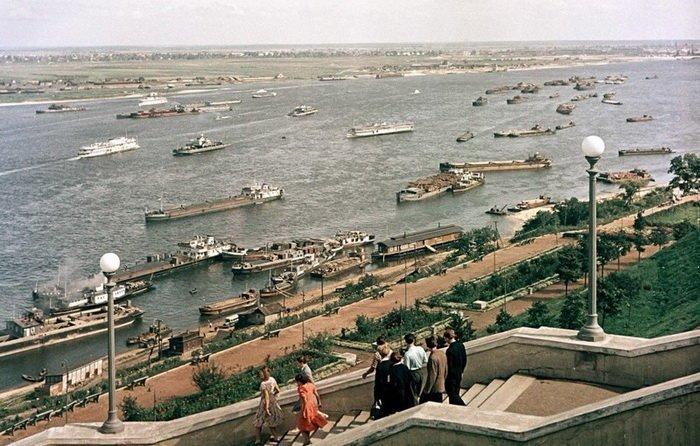 Судоходное движение по Волге, 1958 год