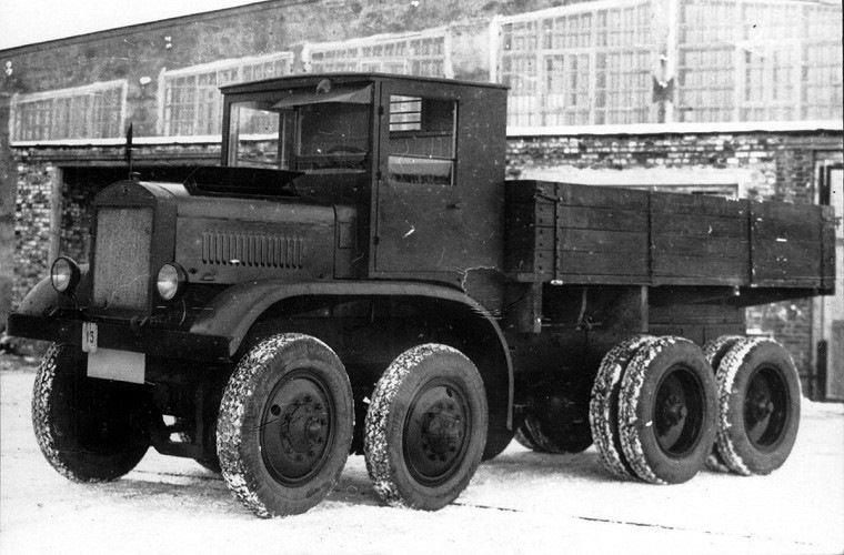 5 гигантских «монстр-траков» из СССР