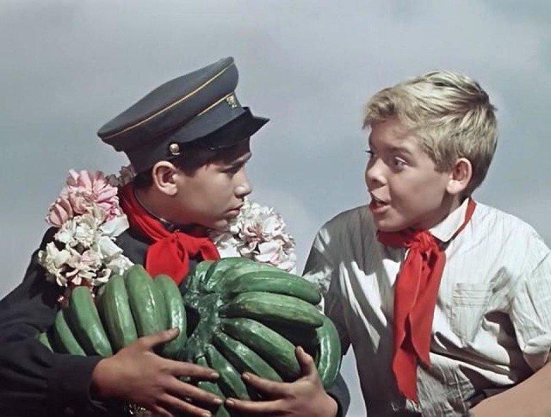 Пожалуй, самыми распространенными в СССР были очереди за продуктами питания