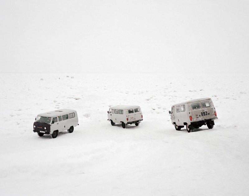 Караван в снежной пустыне